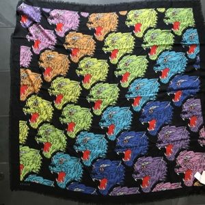 """New w tags Auth GUCCI 55"""" sq Panther Scarf $445"""